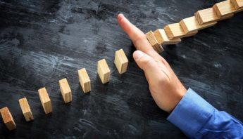 4 Risk Response Strategies for Success Project Management